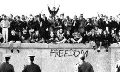 berlin_wall_destruction
